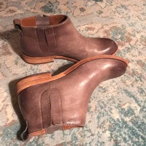 Kork Ease bootie style shoe size 6.5